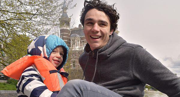 comm680_600x325_kids_amsterdam1