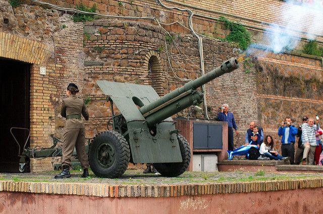 gianicolo-hill-cannon-activites-gratuites-Rome-HomeExchange