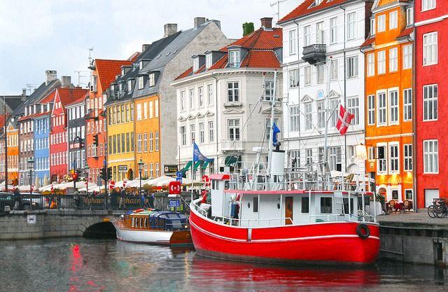 les maisons colorées de Copenhague, idéal en hors saison