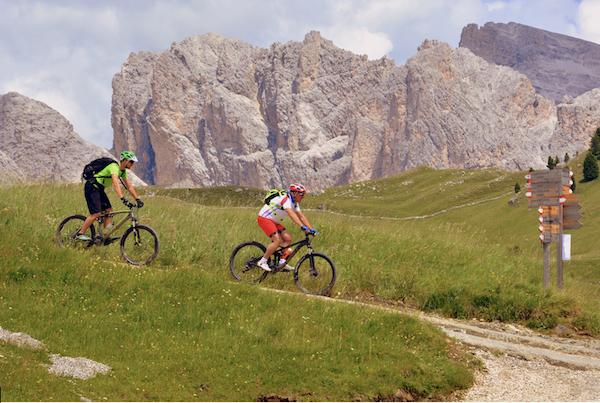 Alpes-vtt-alpages-randonnee