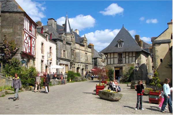 Rochefort-en-Terre-village-france