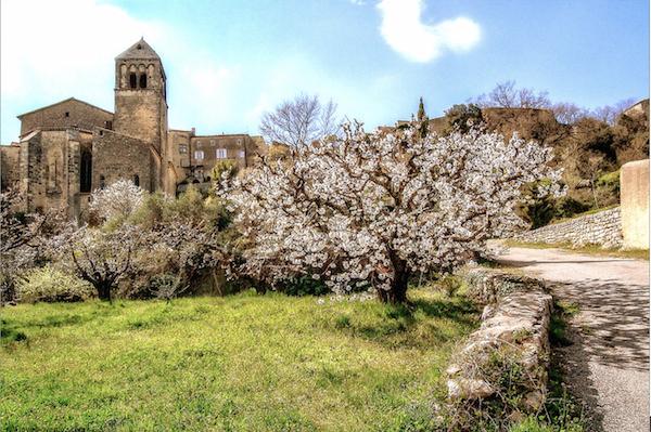 Seguret-village-France