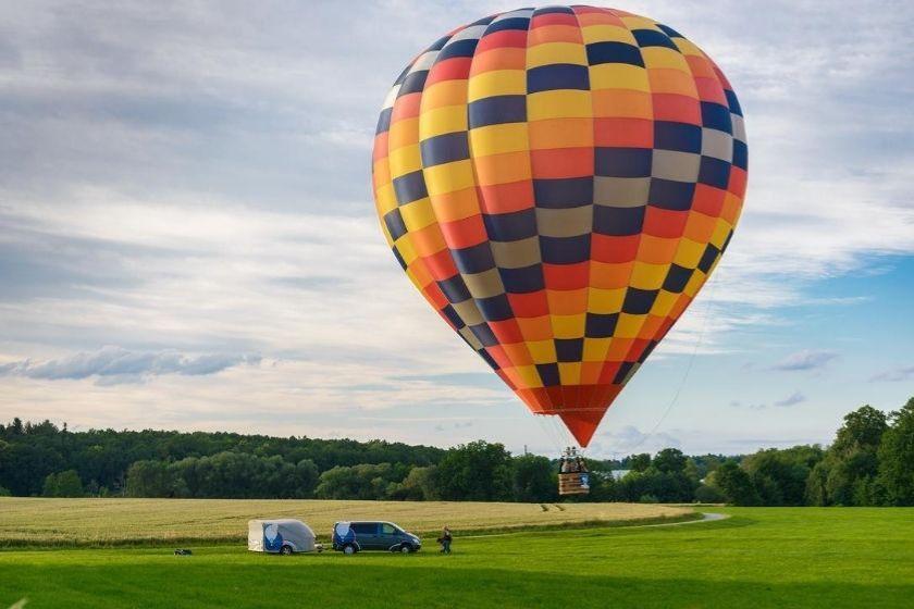 chateaux-loire-montgolfiere