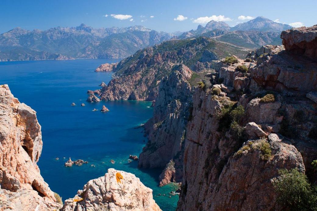 scandola-corse-france-falaises-vacances-été indien-échange de maison