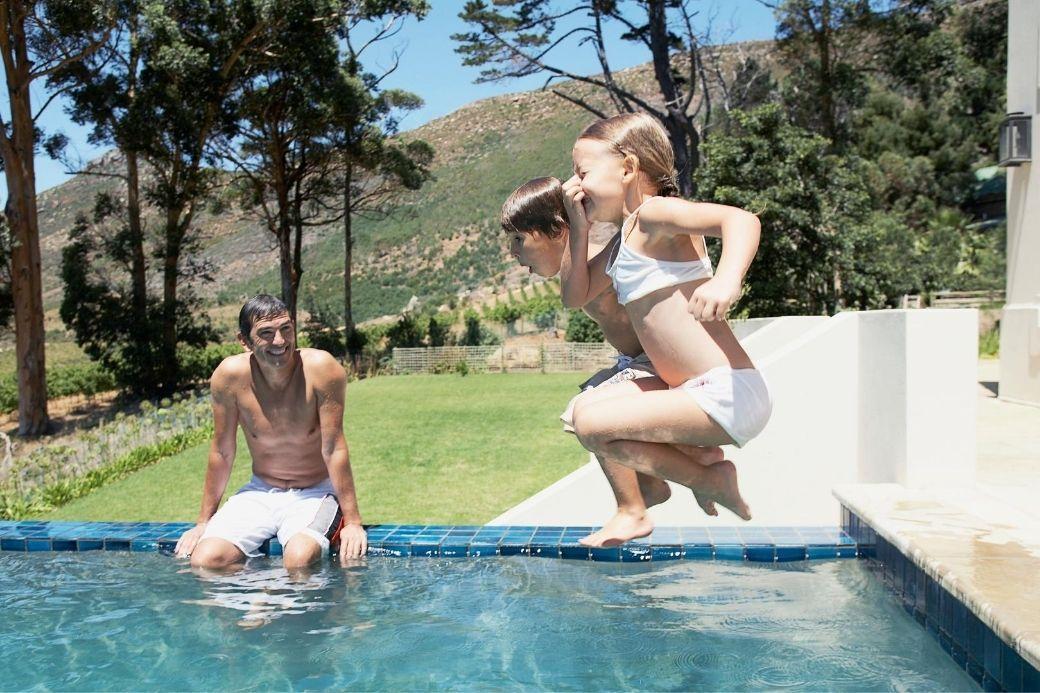 Alt HomeExchange_piscine_enfants, title HomeExchange_piscine_enfants