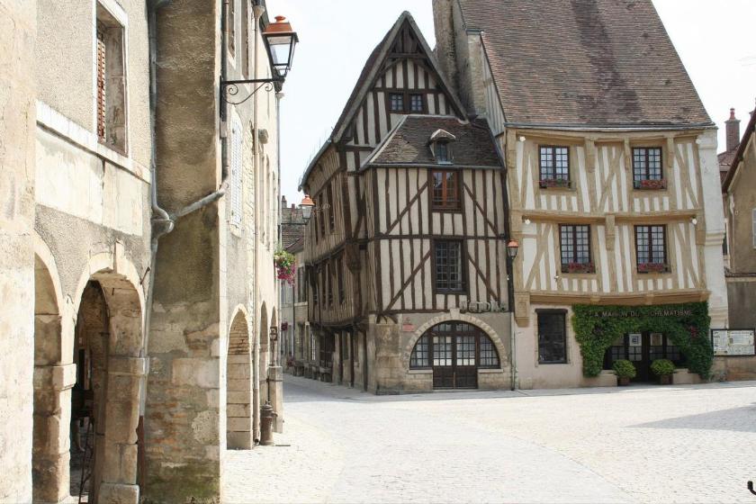 Troyes-ville-française-decouvrir
