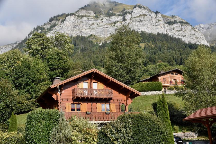 Montagne-famille-vacances-noel