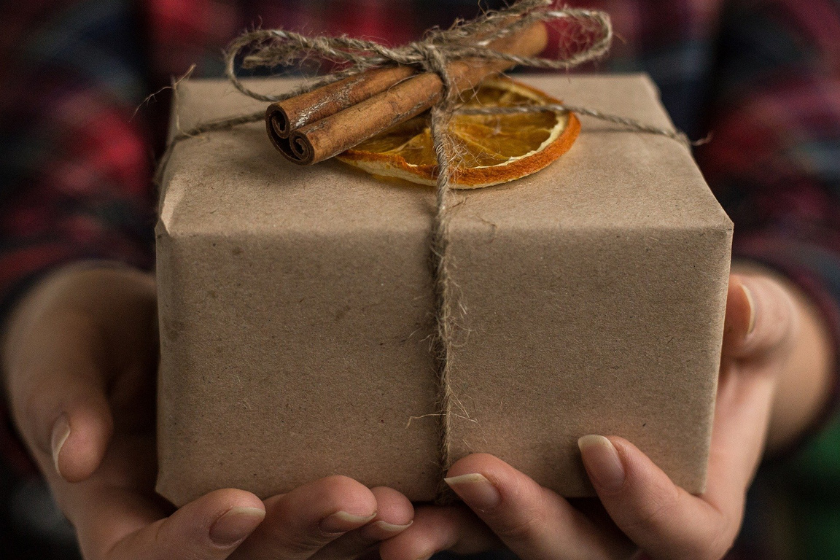 Noel-cadeau-echange-maison