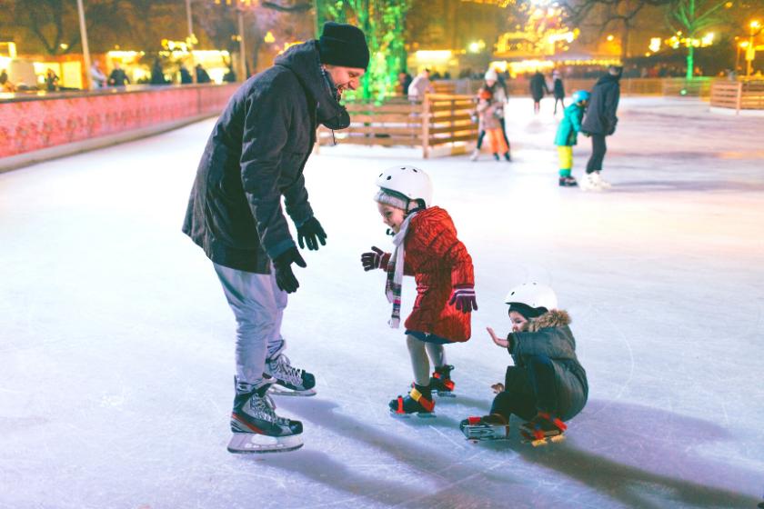 patin à glace noel-activités en famille-noel en famille-echange de maison