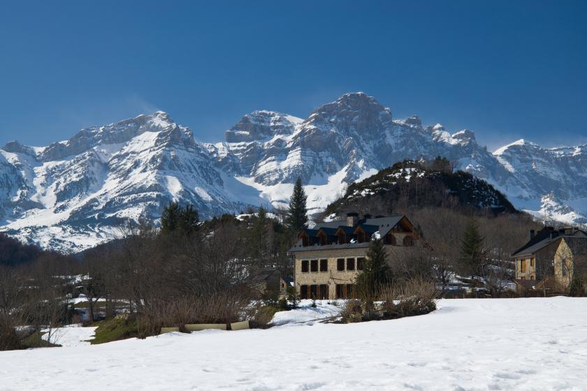 Panticosa-Espagne-e-change-de-maison-ski