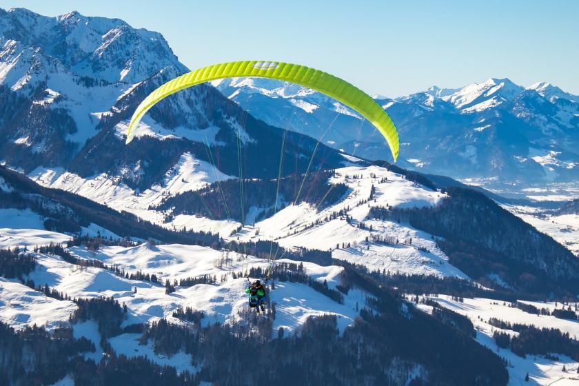 Parapente-baptême-montagne-ski-station