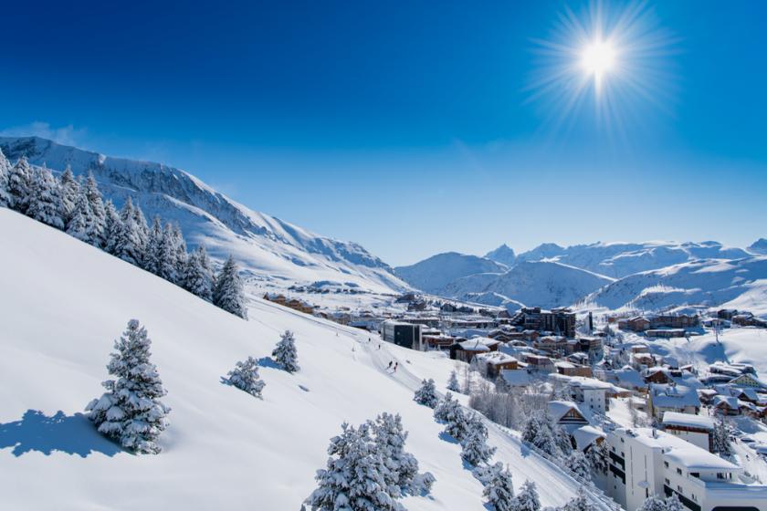 Alpe-d-huez-station-ski