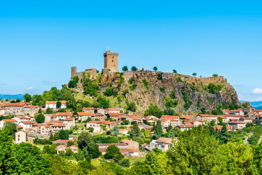 Destination-sans-touriste-Polignac