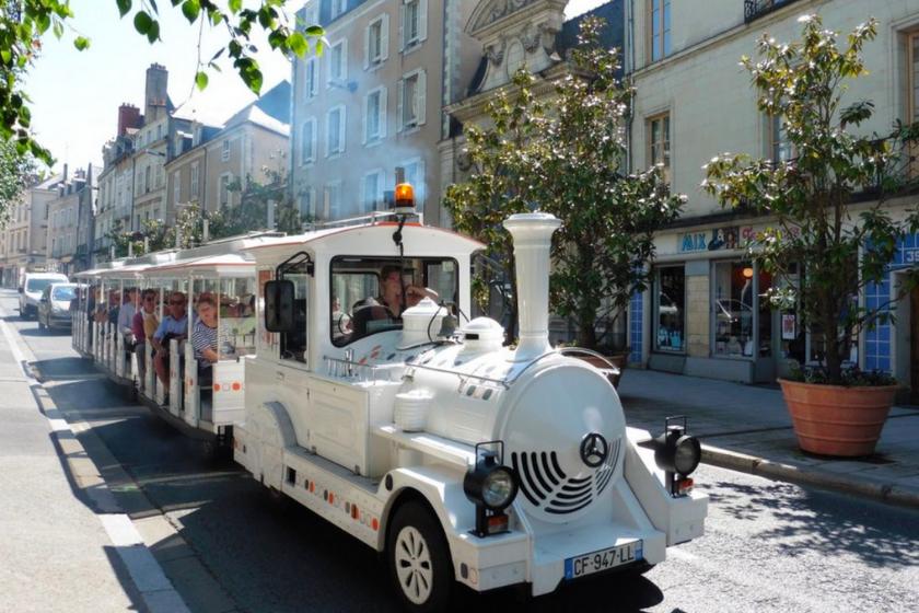 Angers-en-famille-visiter-petit-train