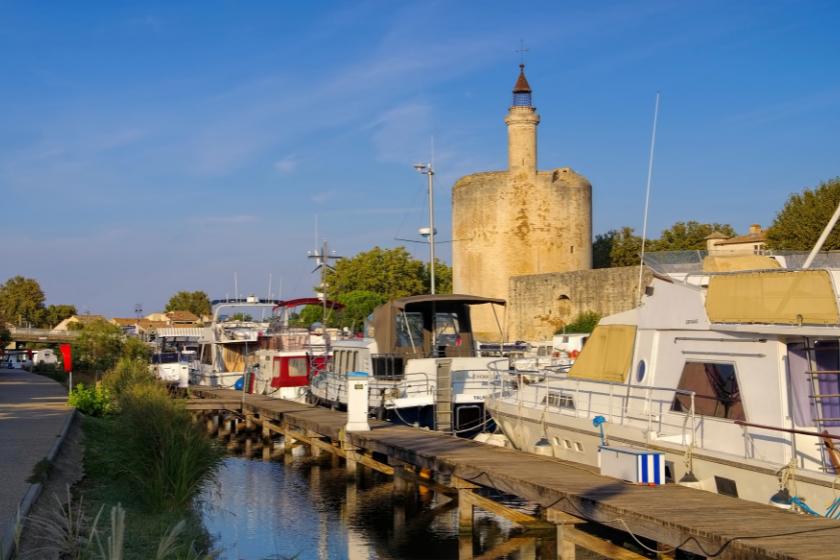 Vacances-famille-France-Camargue-Aigues-Mortes